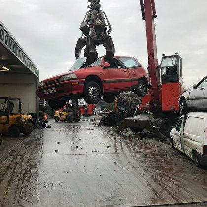 Daihatsu afbreken voor auto-onderdelen